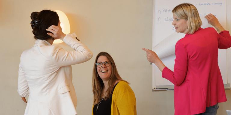 gesprek tijdens het marketingstrategie traject